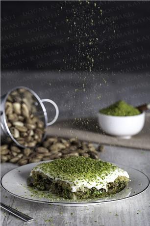 DK cream Food Image (Vertical)